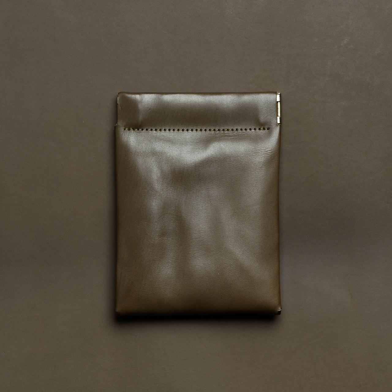ミニマリスト向けのスリムなミニ財布